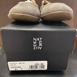 Naturalizer suede flats. NWT